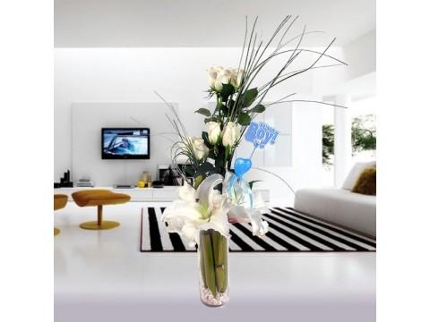 Beyaz Lilyumlar ve Güller